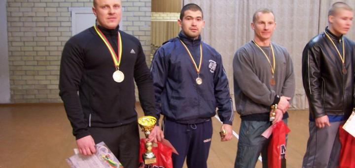 Štangos spaudimo varžybos Šakiuose 2006 m.